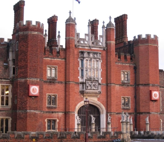 Hampton-Court-where-Mary-went-to-await-the-birth-of-a-child